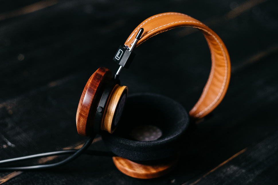 grado, grado headphones, grado labs, mahogany, maple, GS2000e, black wood, sunset park, brooklyn, new york, fujifilm