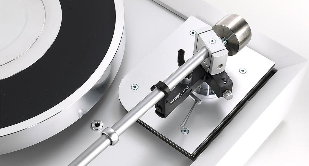 thorens-td-907-turntable-with tp92-tonearm