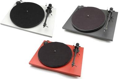 Pro-Ject-essential-II-three