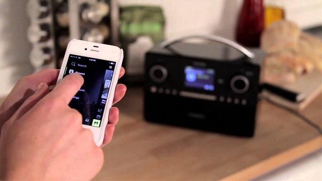 roberts-radio-istream