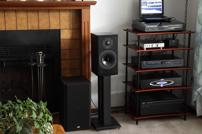 how to rack 39 em up our rundown of hi fi stands audio. Black Bedroom Furniture Sets. Home Design Ideas